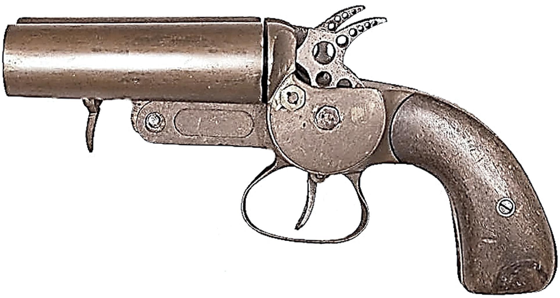 Basé sur un modèle 1899 à double-canon, ce modèle expérimental a été fortement allégé en vue de son utilisation par l'aviation.