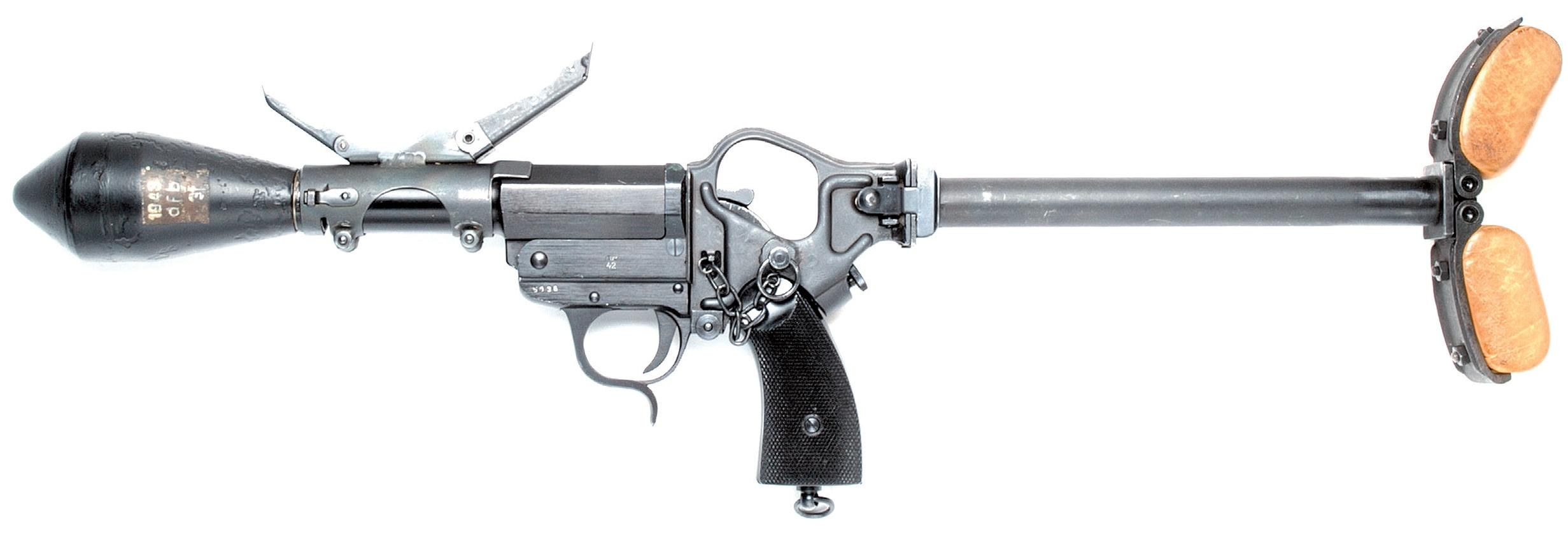 Sturmpistole en position d'utilisation, crosse et éléments de visée dépliés (photo tirée de l'ouvrage Signalpistolen der Welt, tome 1).