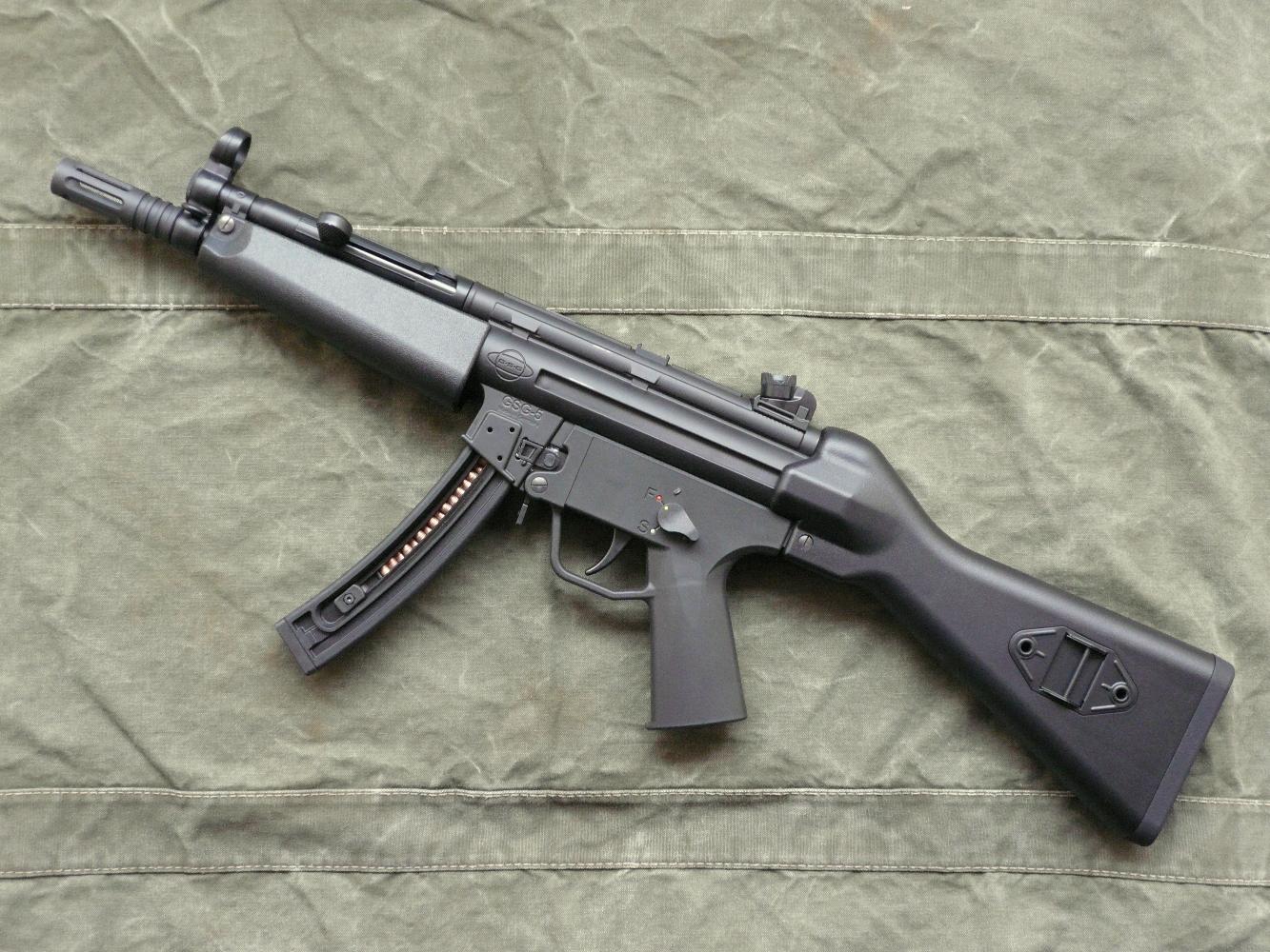 essai armes carabine gsg 5 a1 copie hk mp5 calibre 22 long rifle. Black Bedroom Furniture Sets. Home Design Ideas
