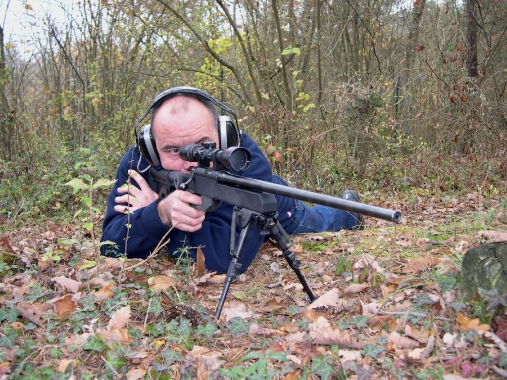 Sa poignée pistolet Hogue, sa crosse télescopique d'AR-15 et son bipied Harrys rendent la RS1 Commando très agréable à utiliser sur le terrain. Difficile d'imaginer que cette carabine à canon flottant au look de fusil de tireur d'élite est montée à partir d'une base provenant de la petite CZ 452.