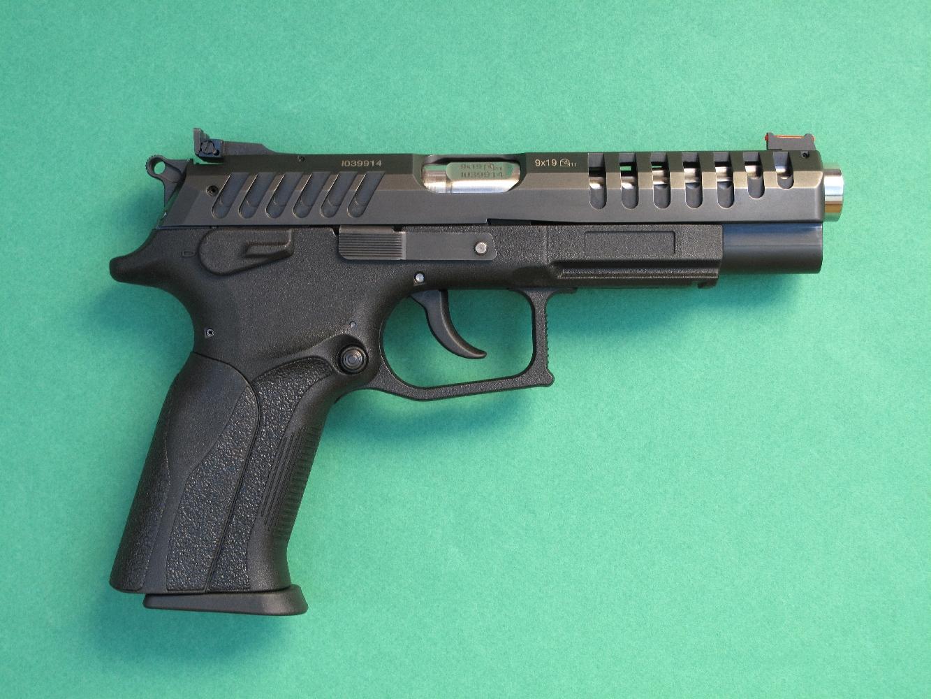 essai armes pistolet grand power mod le x calibur calibre 9 mm parabellum. Black Bedroom Furniture Sets. Home Design Ideas