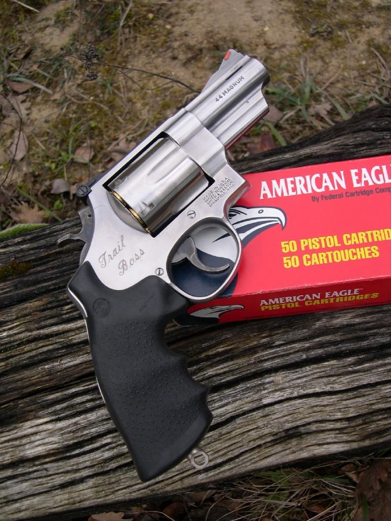 Le Smith & Wesson « Trail Boss » est un revolver compact de gros calibre destiné à la survie en milieu hostile. Il constitue une version très particulière du modèle 629, élaborée par la firme Smith & Wesson à l'usage des chasseurs qui ont besoin d'une arme de défense maniable et instantanément utilisable en cas de rencontre inopinée avec un animal sauvage. Il est également tout particulièrement apprécié par les pêcheurs d'Alaska, qui le portent à la hanche comme élément indispensable pour assurer leur sécurité en cas de rencontre fortuite avec un ours. Son canon de 3 pouces (76 mm) présente près de la bouche deux évents, de type Magna-Port, destinés à réduire le relèvement au départ du coup.