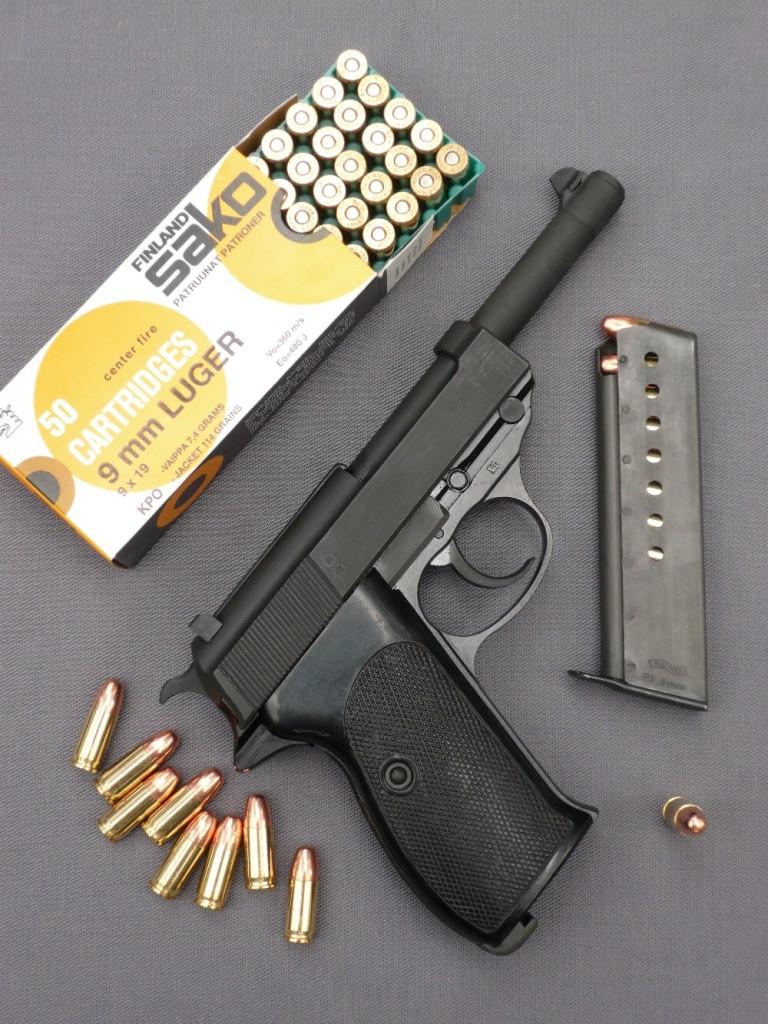Les forces armées de la république fédérale d'Allemagne sont reconstituées en 1956, sous le nom de « Bundeswehr » et la fabrication du pistolet P38 est relancée, en 1957, dans les usines des nouveaux établissements Carl Walther installées à Ulm-an-der-Donau (et non plus à Zella-Melhis, qui se trouve alors en RDA). Les pistolets fabriqués après-guerre se distinguent essentiellement des pistolets militaires de la Seconde Guerre mondiale par leur carcasse allégée, réalisée en duralumin et leurs plaquettes de crosse quadrillées. Ceux destinés à l'exportation et au marché civil conservent la dénomination P38, tandis que ceux fournis à l'armée sont baptisés P1.