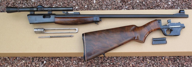 Carabine UNIQUE X51-Bis en calibre .22 Long Rifle.