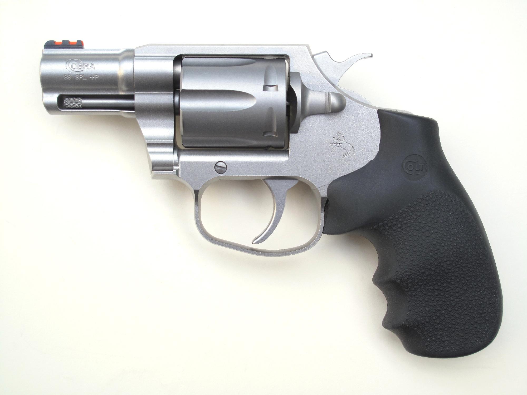Revolver Colt « Cobra » stainless en calibre .38 Special+P