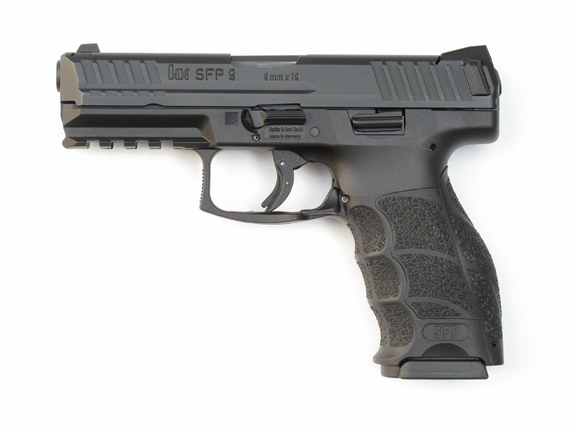 Pistolet Heckler & Koch modèle SFP9 en calibre 9 mm Parabellum.