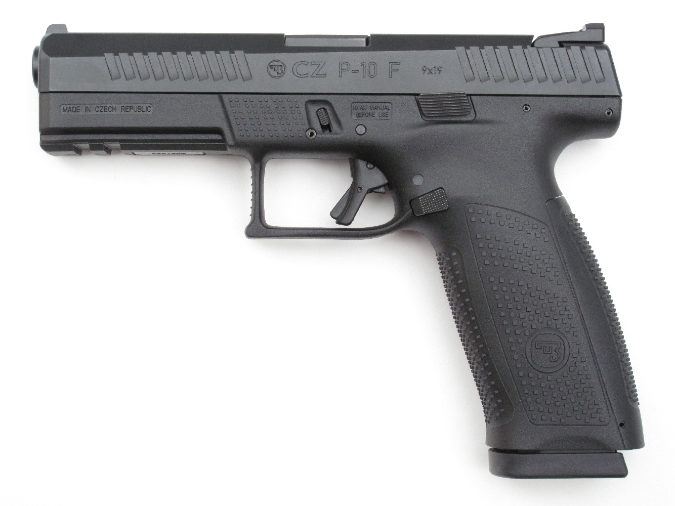 Pistolet CZ modèle P-10 F de calibre 9 mm Parabellum