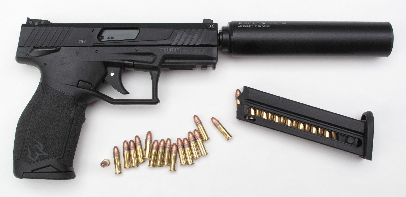 Pistolet Taurus modèle TX 22 de calibre .22 Long Rifle