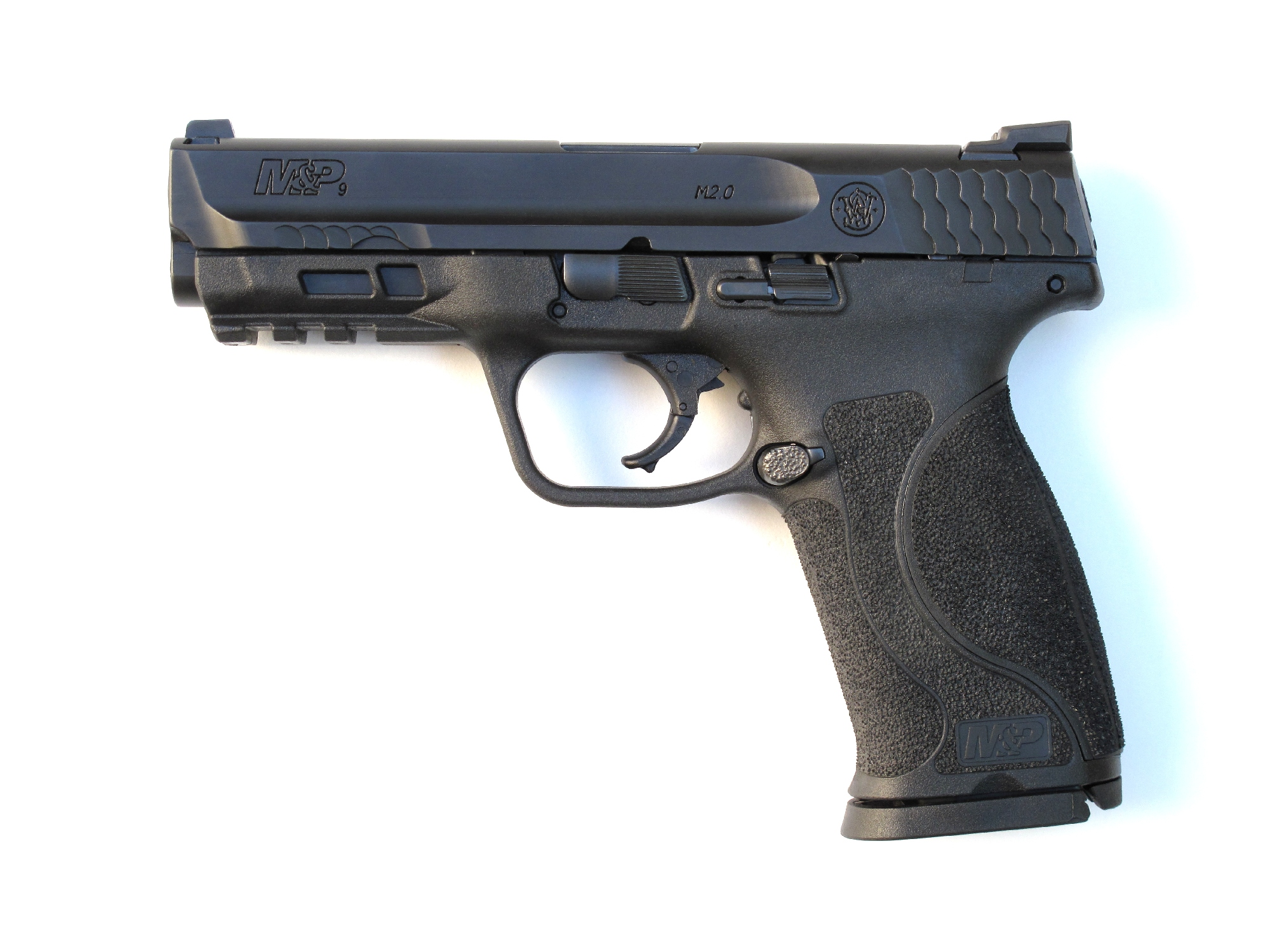 Pistolet semi-automatique S&W M&P9 M2.0 en calibre 9 mm Parabellum