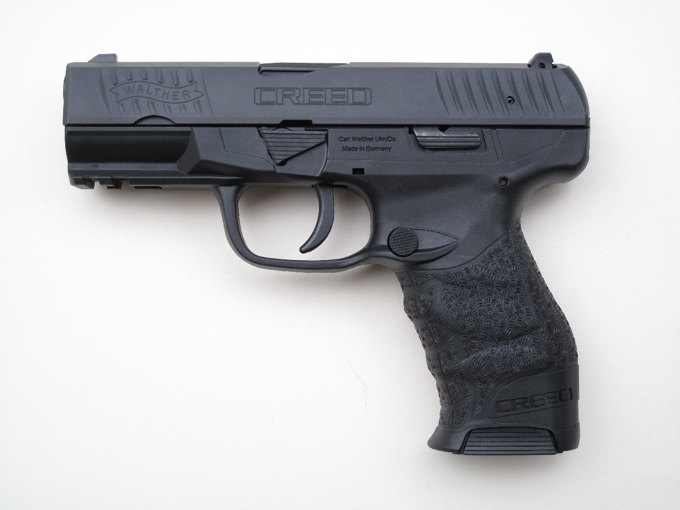 Pistolet semi-automatique Walther « Creed » de calibre 9 mm Parabellum