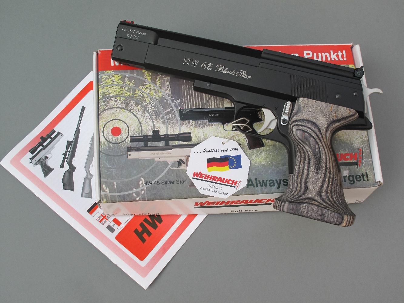 Le Weihrauch HW 45 Balck Star est un pistolet à air comprimé imposant et relativement lourd, dont la structure est entièrement métallique.