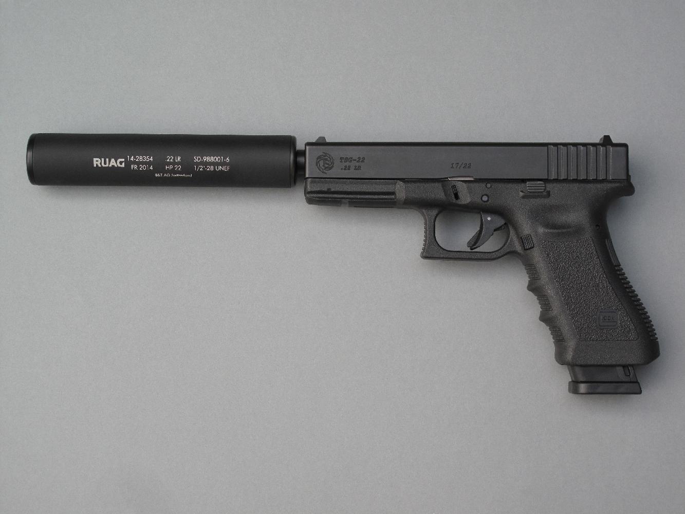 La conversion Tactical Solutions peut être acquise seule (pour les possesseurs d'un pistolet Glock) ou sous la forme d'une arme complète. Dans les deux cas, l'utilisateur a le choix entre le canon standard ou le canon fileté permettant l'utilisation d'un silencieux.