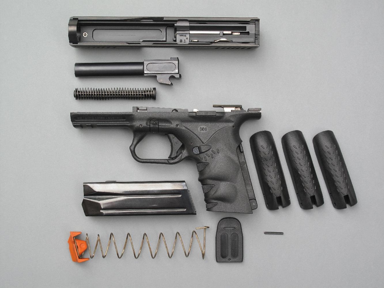 S'il s'apparente étroitement à celui du Glock, le démontage du BB6 se révèle encore plus facile et rapide, ce qui constitue assurément un exploit.
