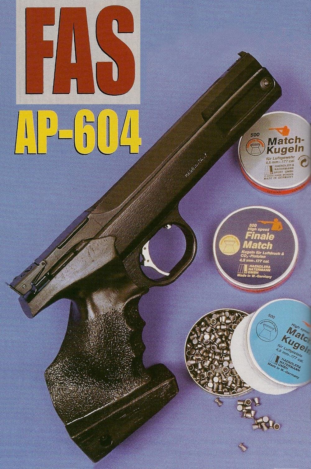 Le pistolet à air-comprimé FAS AP-604 bénéficie d'une silhouette sobre et élégante semblable à celles des pistolets semi-automatiques sportifs en calibre .22 LR et .32 S&W de cette même marque italienne.