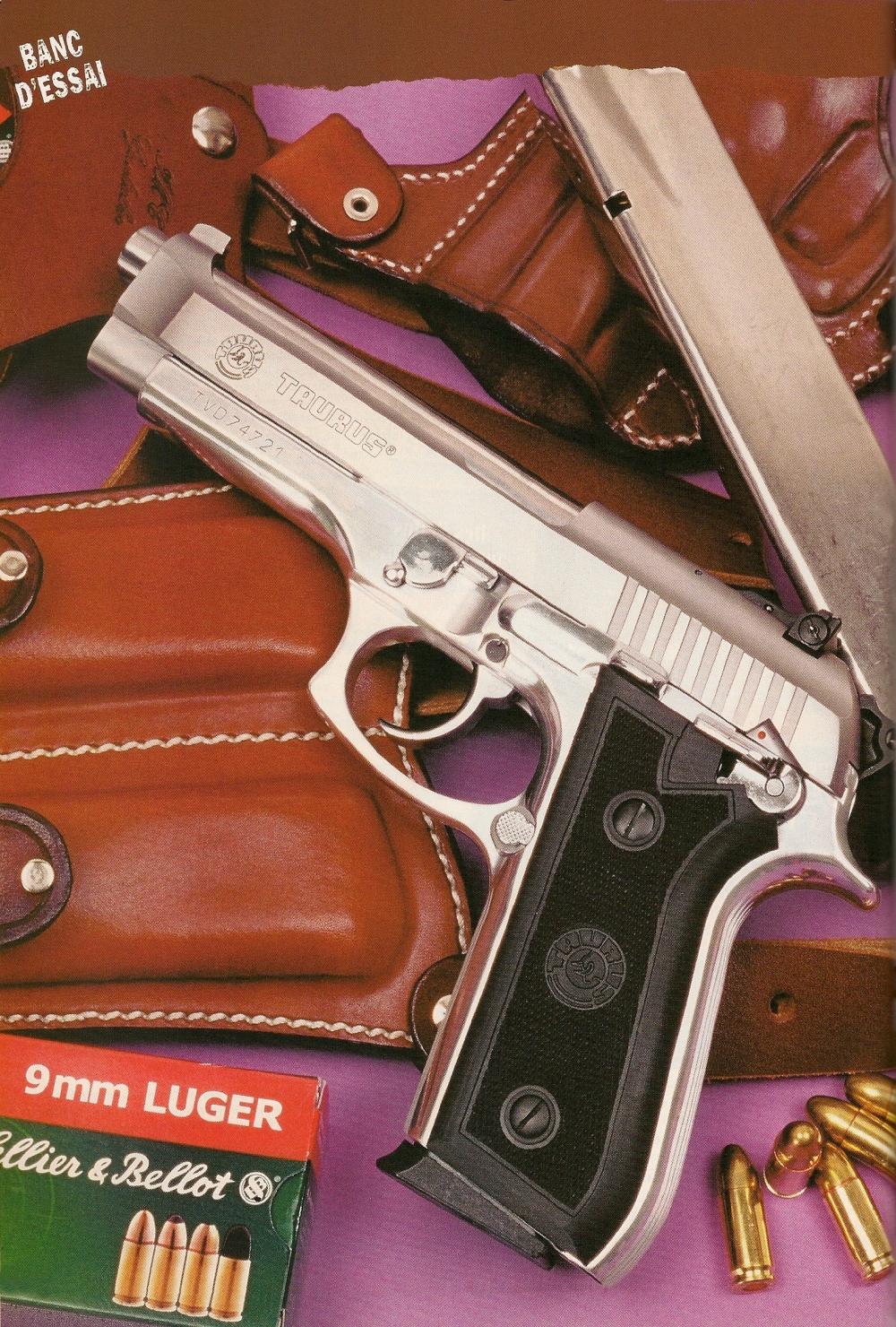 Si le pistolet semi-automatique produit par la firme Taurus ne constitue pas à proprement parler une copie conforme du Beretta 92, force est de constater que les différences sont extrêmement minimes...