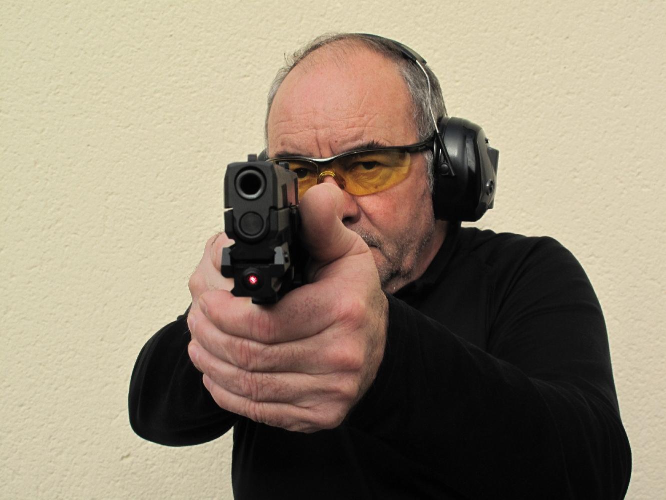 Essai armes pistolets sig sauer p320 full size et for Temoin de chambre vide glock
