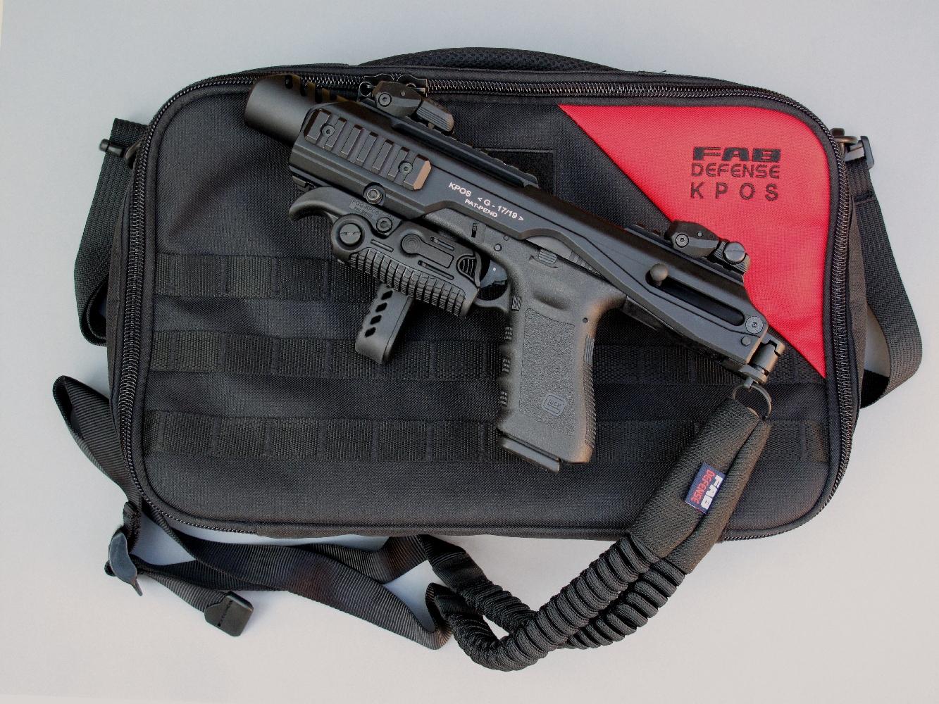 Le kit de conversion KPOS, qui est livré dans une mallette souple en Cordura, se compose d'un boîtier en duralumin équipé d'une crosse rabattable, d'une poignée antérieure ajustable et repliable, d'une hausse et d'un guidon rabattables, réglables en site et en azimut. Sont également fournis un levier d'armement adaptable sur la culasse du Glock et d'une sangle tactique à un point d'accrochage.