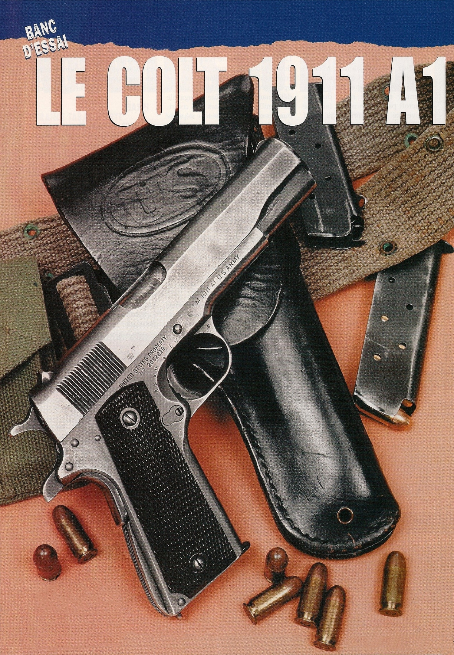 Le pistolet réglementaire modèle 1911 A1 de la Seconde Guerre mondiale, présenté dans un environnement d'époque.