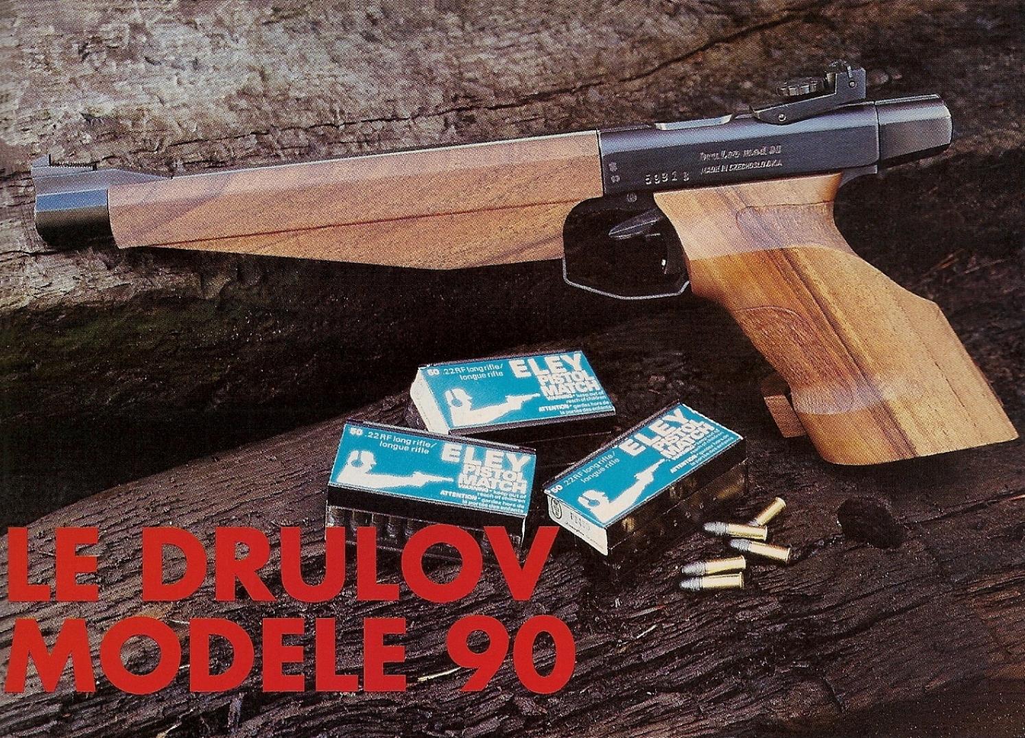 Le Drulov 90 ne constitue en fait qu'un « relooking », mais force est de constater que le résultat est une réussite puisqu'il présente une apparence nettement plus luxueuse que celle, dépouillée et utilitaire, du classique Drulov modèle 75.