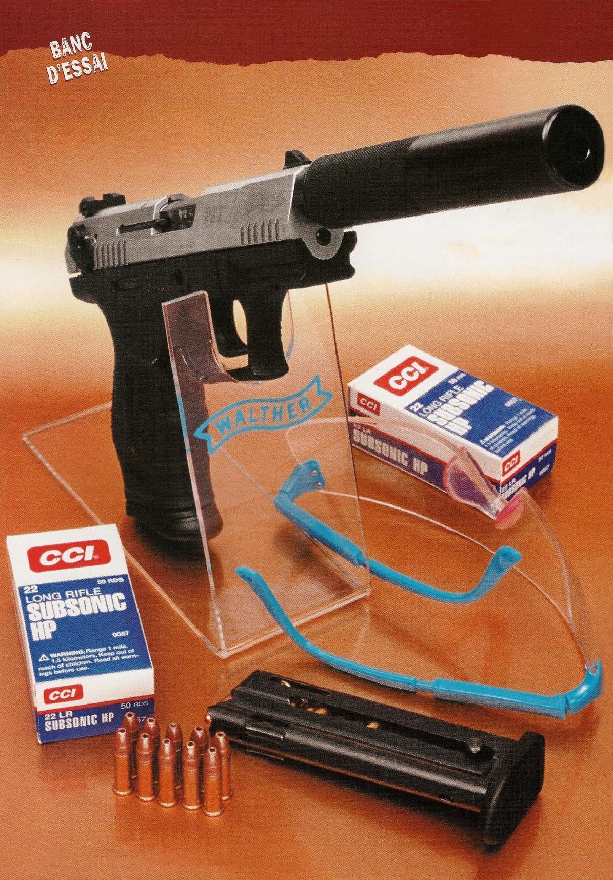 Extrêmement compact et léger, le silencieux Stopson mini SP1 se révèle en parfaite harmonie avec le pistolet Walther P-22. Avec un poids à vide qui ne dépasse pas 600 grammes, cet ensemble reste étonnamment maniable et peut être aisément tiré à bras franc.