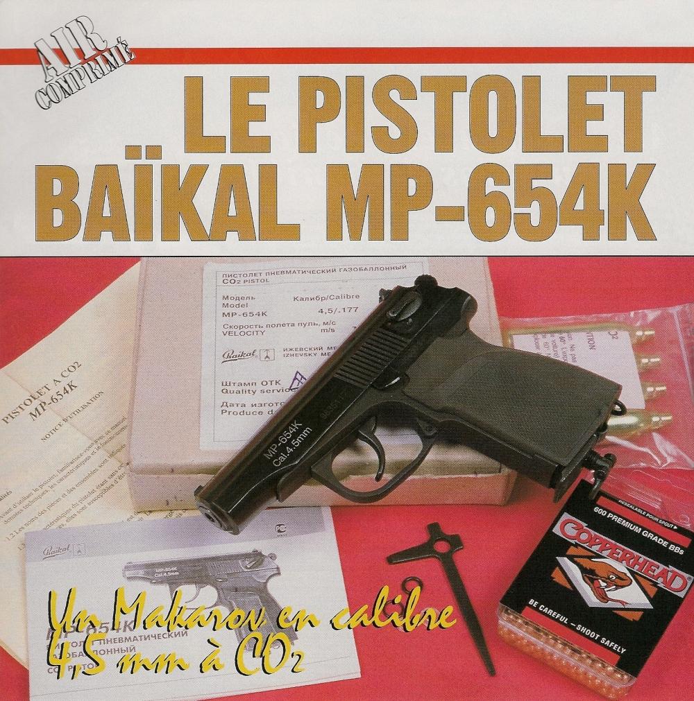 Ce pistolet destiné au tir récréatif est livré dans une boite en carton, accompagné d'un mode d'emploi détaillé, d'un outil de démontage et d'un jeu de joints de rechange.