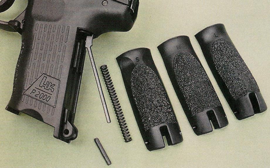 Le pistolet est livré avec trois dos interchangeables (Small, Medium et Large) afin de permettre à l'utilisateur d'adapter l'ergonomie de la poignée à sa morphologie.