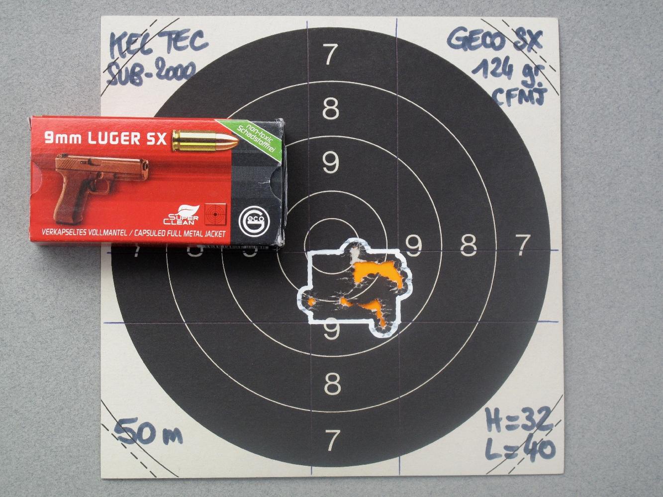 La précision de cette arme est excellente, les groupements obtenus à 50 mètres étant comparables à ceux que les très bons pistolets semi-automatiques de calibre 9 mm Parabellum sont capables de produire à 25 mètres.