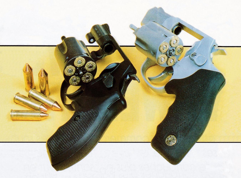 Un barillet de cinq coups constitue généralement le compromis encombrement/puissance de feu jugé le plus judicieux pour un petit revolver de défense chambré en calibre .38 Special.