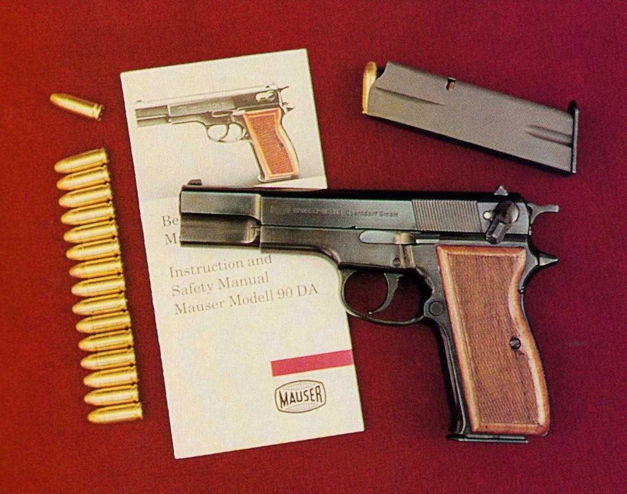 La capacité du Mauser est de 16 cartouches, 15 dans le chargeur, en deux piles imbriquées, et une dans la chambre.